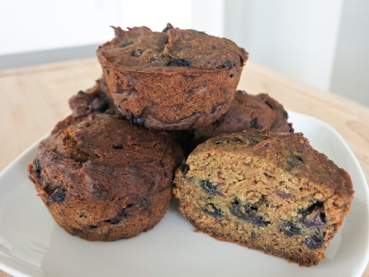 Heidelbeeren-Muffins vegan, zuckerfrei und glutenfrei