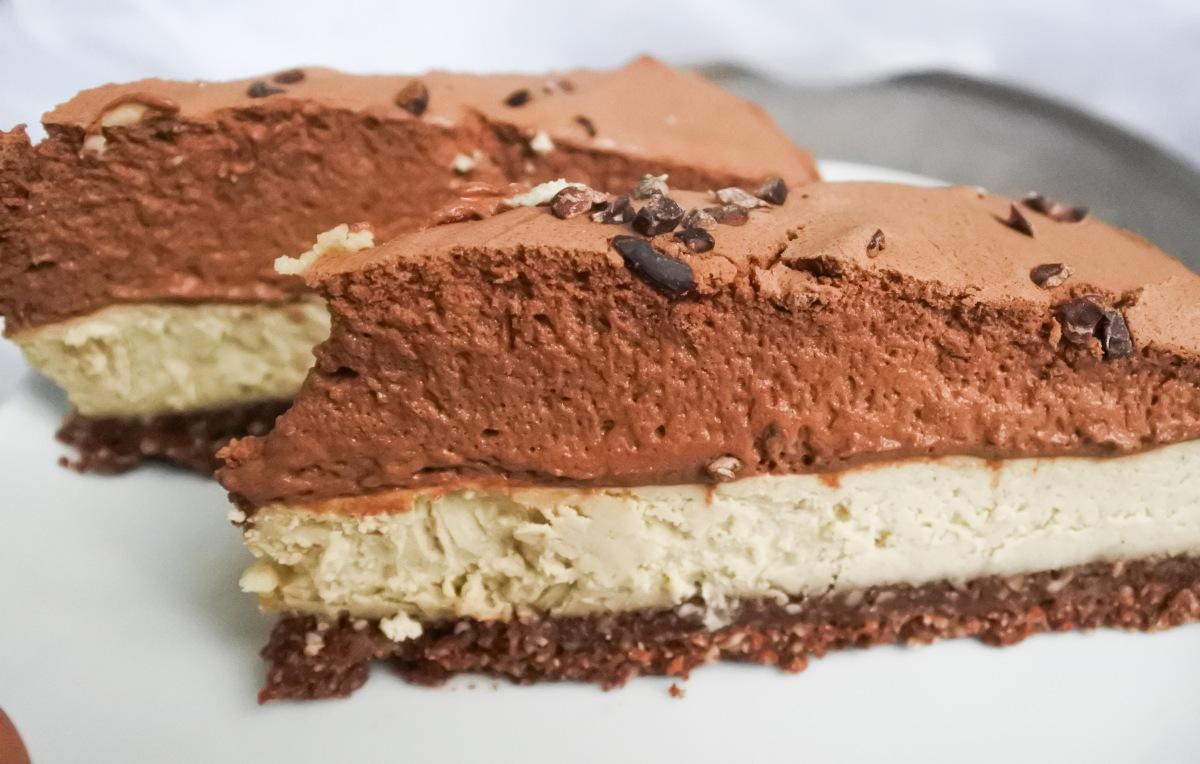 Schokoladentorte, vegan und glutenfrei und ohne industriellen Zucker!