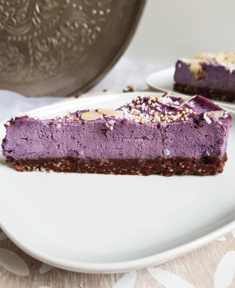 rohe Cashews-Beeren Torte